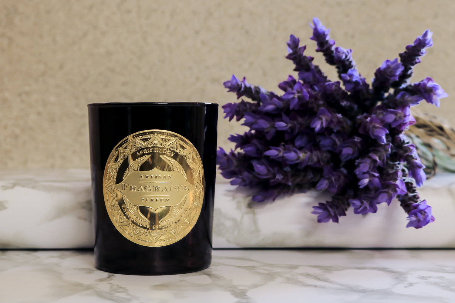 Fragranced home candle