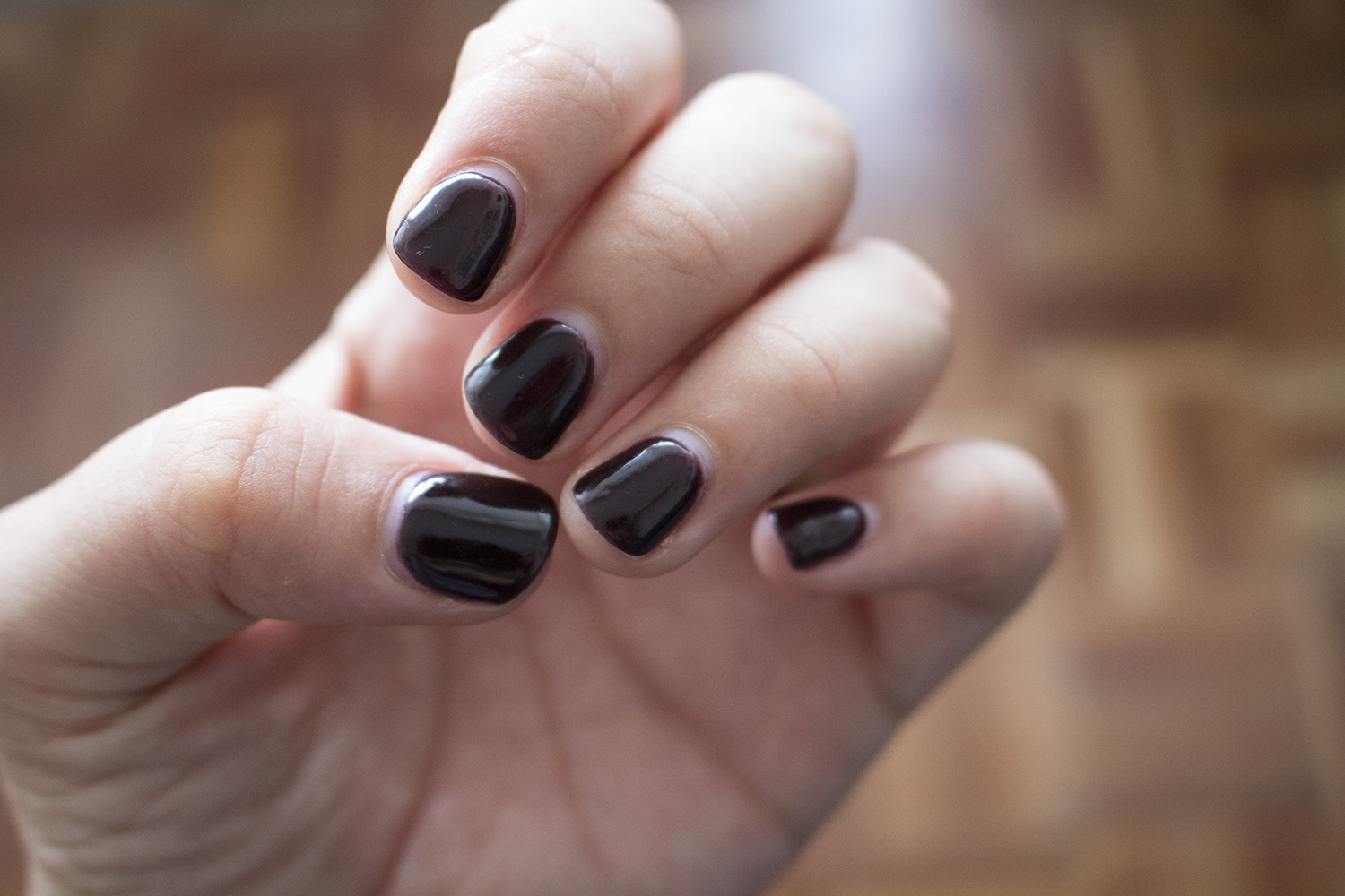 I tried the new Gelish Dip manicure system   9Lives