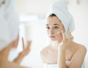 9Lives-Myths-and-Facts-about-Managing-Pores
