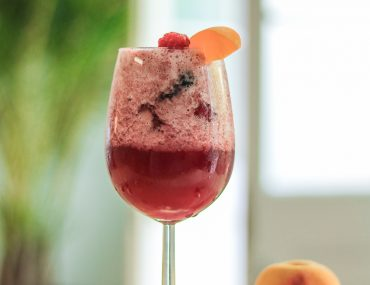 9Lives-Peach-Berry Ice Cocktail Recipe