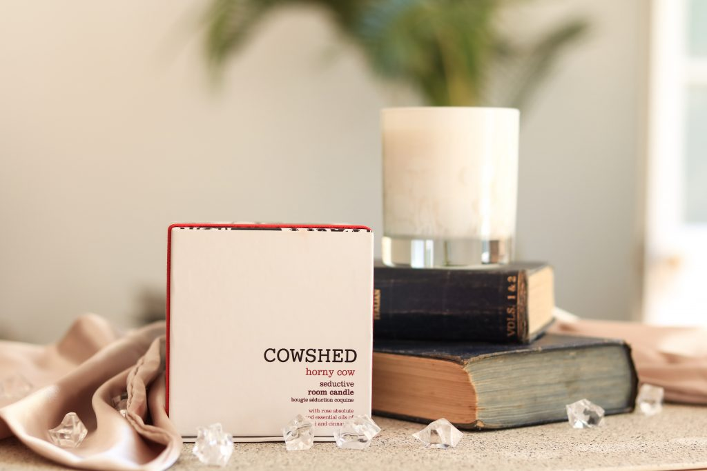 9Lives- - Cowshed Horny Cow Seductive Room Candle
