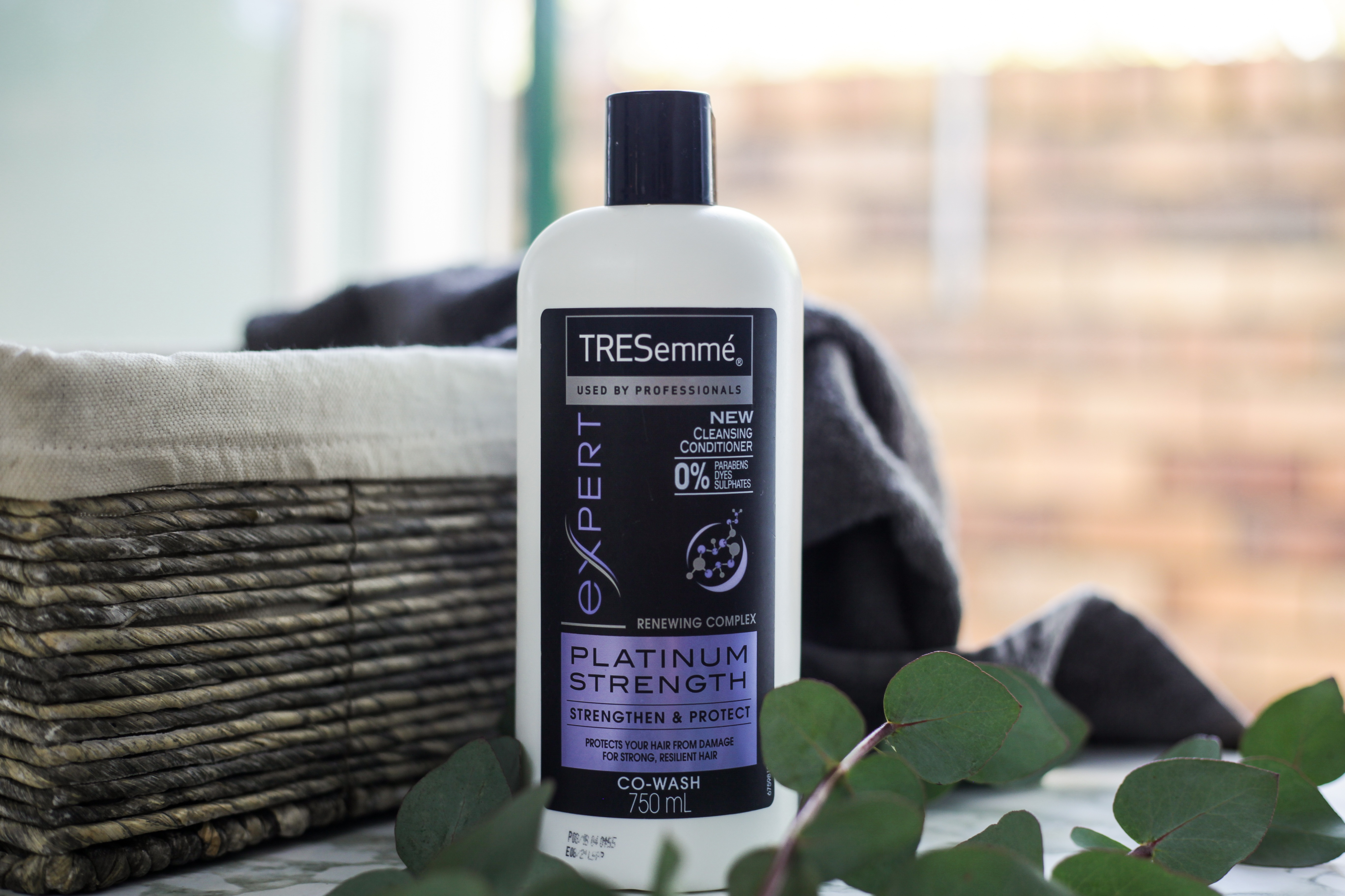 9lives-TRESemmé Platinum Strength Co-Wash Shampoo
